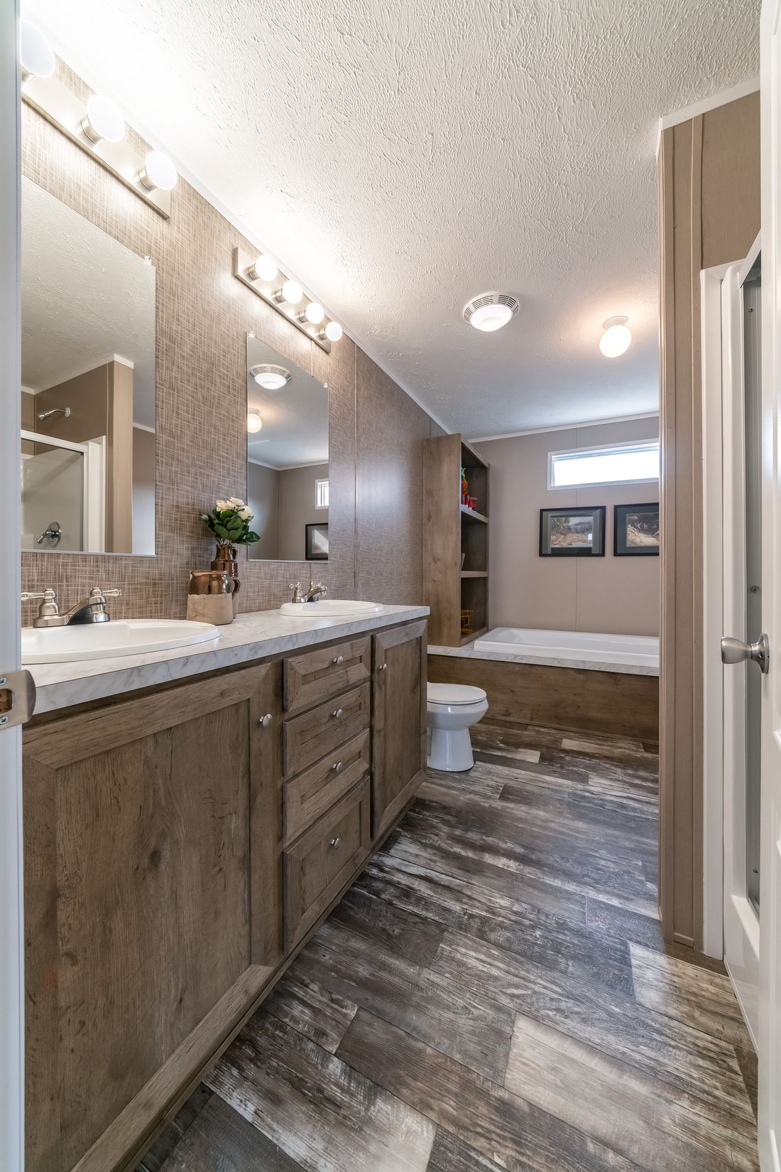 The ULTRA PRO 56B Master Bathroom. This Manufactured Mobile Home features 3 bedrooms and 2 baths.